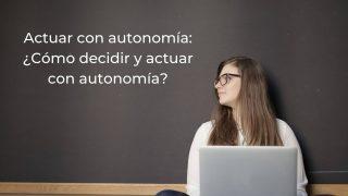 con autonomia competencia